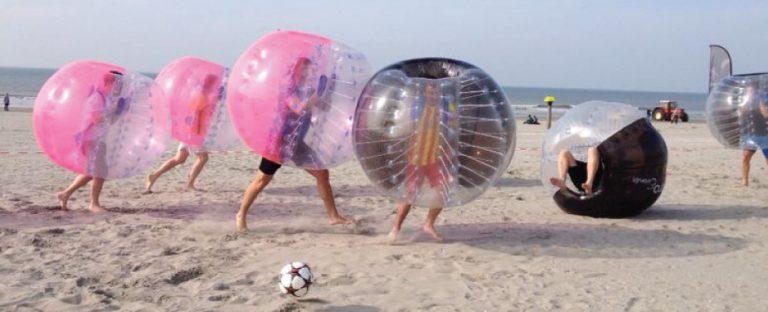 Bubbel Voetbal Familie uitje